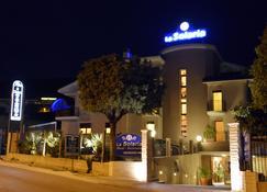 拉索拉利亚酒店 - 圣乔瓦尼·罗通多 - 建筑