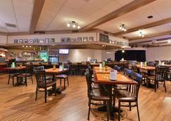 拉克罗斯河滨阿美瑞辛酒店及会议中心 - 拉克罗斯 - 餐馆