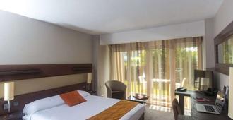 戴安酒店 - 图卢兹 - 睡房