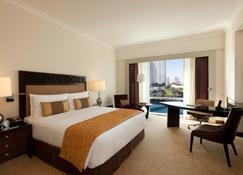 马卡迪费尔蒙酒店 - 马卡蒂 - 睡房