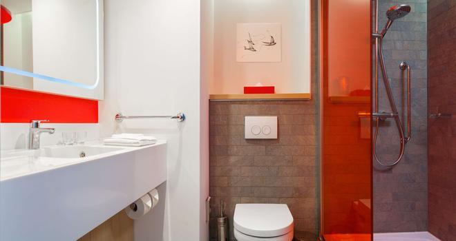 基辅特罗伊茨克丽柏酒店 - 基辅 - 浴室