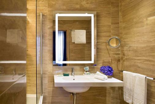 特米努斯星际酒店 - 那不勒斯 - 浴室