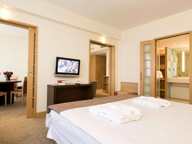 伊斯坦布尔诺富特酒店 - 伊斯坦布尔 - 睡房