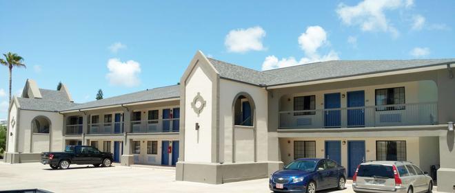 阿兰萨斯港贝斯特韦斯特酒店 - 阿兰瑟斯港 - 建筑
