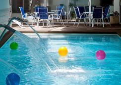 奥林匹克公园诺富特酒店 - 圣地亚哥 - 游泳池