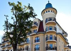 波罗的海里贾纳马里度假屋 - 斯维诺乌伊希切 - 建筑