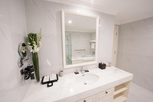 富国岛芬珍珠度假酒店及高尔夫球场 - 富國島 - 浴室