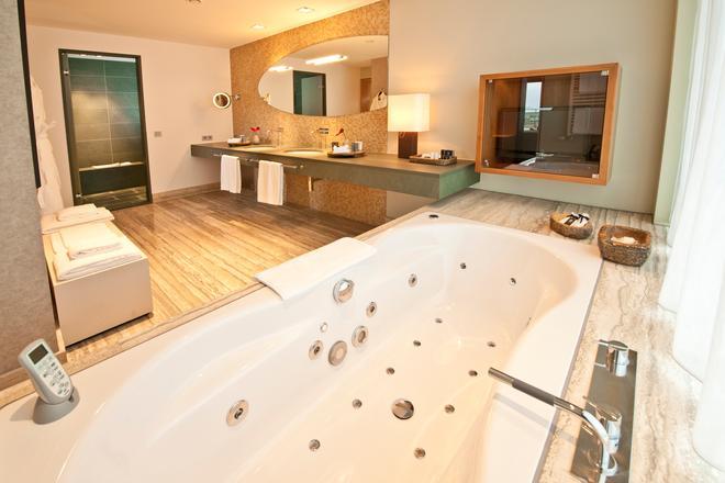科隆干草市场多林特酒店 - 科隆 - 浴室