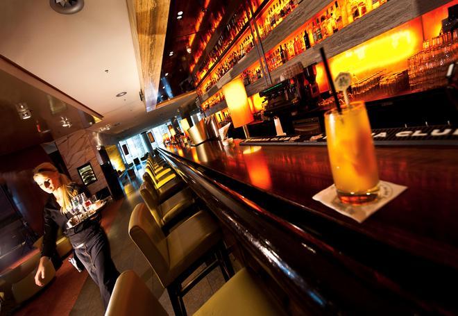 科隆干草市场多林特酒店 - 科隆 - 酒吧