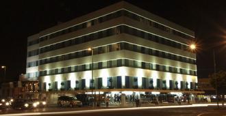 姆帕拉魁塔和酒店 - 克雷塔罗 - 建筑
