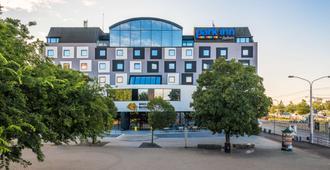 布拉迪斯拉发多瑙河丽柏酒店 - 布拉迪斯拉发 - 建筑