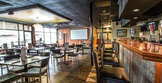 奥蒙德海滩伊克诺旅馆 - 奥蒙德海滩 - 酒吧