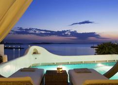 哈摩尼精品酒店 - 米科諾斯岛 - 游泳池