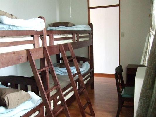 冲绳监狱酒店 - 那霸 - 睡房