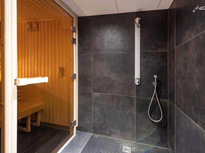 圣马洛海滨美居酒店 - 圣马洛 - 浴室