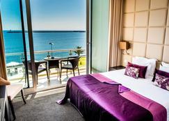 阿特兰蒂达马尔酒店 - 普拉亚达维多利亚 - 睡房