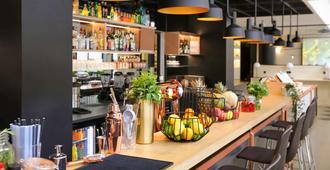 宜必思巴黎贝西乡村12eme酒店 - 巴黎 - 酒吧