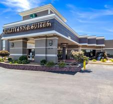 凯艺套房酒店-堪萨斯城独立城70号州际公路东