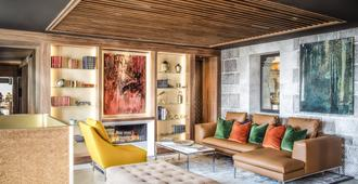 德奥奇城堡酒店 - 洛桑 - 客厅