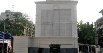 孟买金翅雀酒店 - 孟买