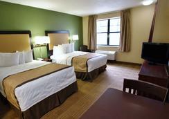 俄克拉荷马城机场美国长住酒店 - 奥克拉荷马市 - 睡房