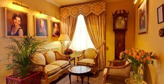 圣杜诺酒店 - 兰迪德诺 - 客厅