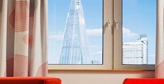 伦敦城南诺富特酒店 - 伦敦 - 客房设施