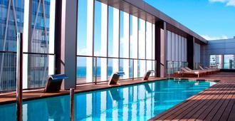 Sb对角线零点巴塞罗那酒店 - 巴塞罗那 - 游泳池