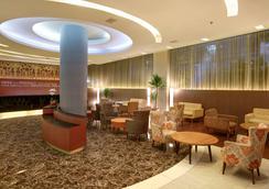 奇利亚雅加达机场酒店 - 当格浪 - 大厅