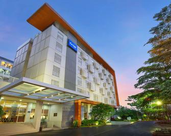凯里亚德酒店-雅加达机场店 - 当格浪 - 建筑