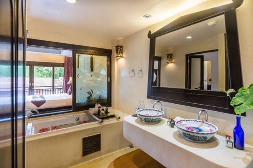达苏梅岛海滩别墅度假村 - 苏梅岛 - 浴室
