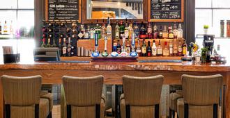 南安普敦中心海豚美居酒店 - 南安普敦 - 酒吧