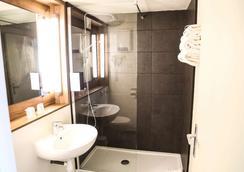 坎怕尼尔那本A9/A61酒店 - 纳博讷 - 浴室