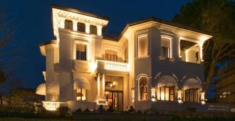 德拉威乐酒店 - 里乔内 - 建筑