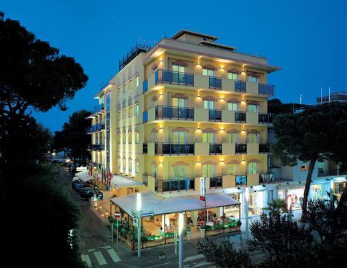 摩卡博酒店 - 里乔内 - 建筑