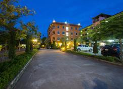 居家公寓酒店 - 帕卡达恩 - 睡房