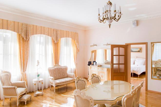 阿里斯托斯精品酒店 - 圣彼德堡 - 餐厅