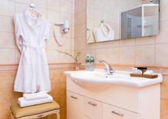 阿里斯托斯精品酒店 - 圣彼德堡 - 浴室