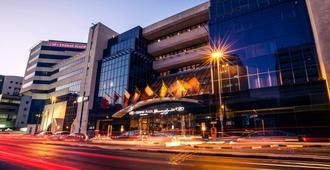 迪拜迪尔拉皇冠假日酒店 - 迪拜 - 建筑