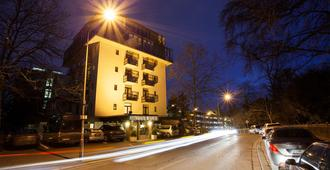 克里威斯巴登公园旅程旅馆 - 威斯巴登 - 户外景观
