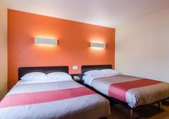 西雅图6号海汽车旅馆-塔科马国际机场南店 - 锡塔克 - 睡房