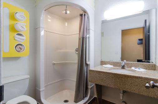 西雅图6号海汽车旅馆-塔科马国际机场南店 - 锡塔克 - 浴室