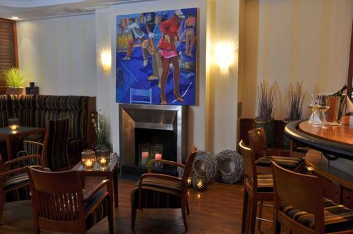 艾格思汉堡酒店 - 汉堡 - 酒吧
