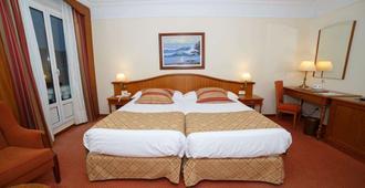 胡约拉酒店 - 桑坦德 - 睡房