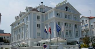 胡约拉酒店 - 桑坦德 - 建筑