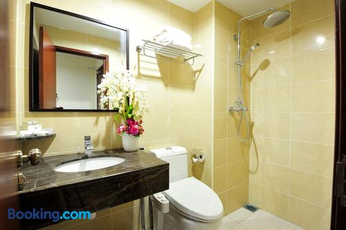 豪门大酒店 - 柔佛巴鲁 - 浴室