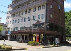 柏拉顿酒店 - 千曲市 - 建筑
