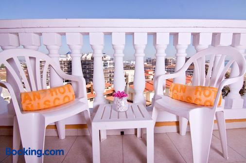 本尼斯科拉大酒店 - 佩尼斯科拉 - 阳台