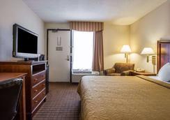 杰克逊堡品质酒店 - 哥伦比亚 - 睡房