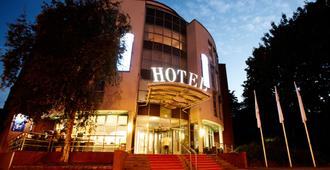 基尔金郁金香北欧酒店 - 基尔 - 建筑